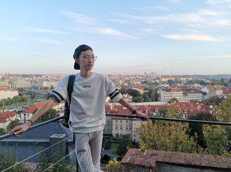 衡水中学学生赵子衿出版作品《旅行吧,少年》