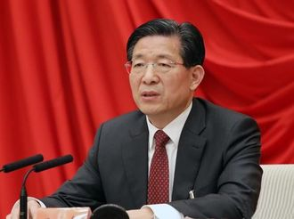 王东峰:认真负责做好春节期间疫情防控工作